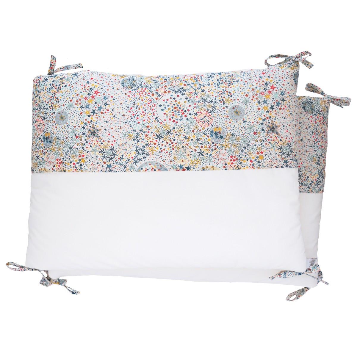 Tour de lit bébé garçon en liberty étoiles multicolores et percale de coton