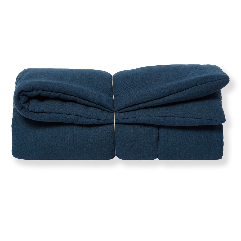 tapis de jeu bebe grand format garcon en gaze de coton bio bleu