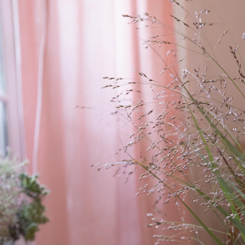 Rideau en gaze de coton rose poudre