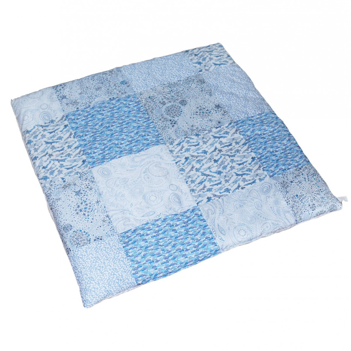 tapis d 39 veil liberty patchwork bleu luciole et cie. Black Bedroom Furniture Sets. Home Design Ideas