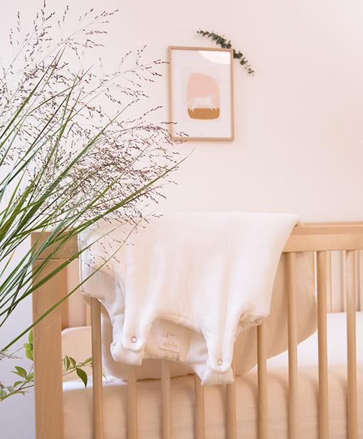 Retrouvez toutes nos gigoteuses et turbulettes en coton bio pour couvrir votre bébé pendant sont sommeil de la plus belle des façons. Nos gigoteuses été sont arrivées !